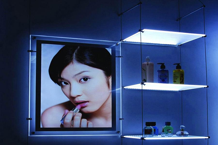 Những mẫu tranh điện siêu mỏng quảng cáo của các nhãn hàng